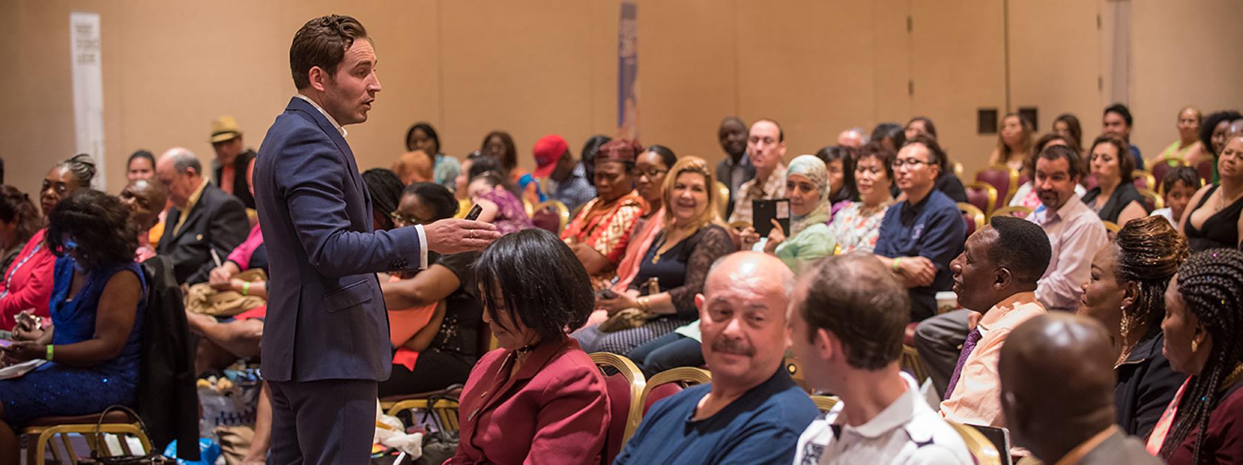 phil jones selling skills training best sales training. Black Bedroom Furniture Sets. Home Design Ideas